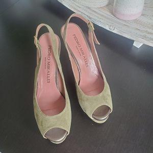 Gorgeous Green Suede Peep-toe Heels!!!
